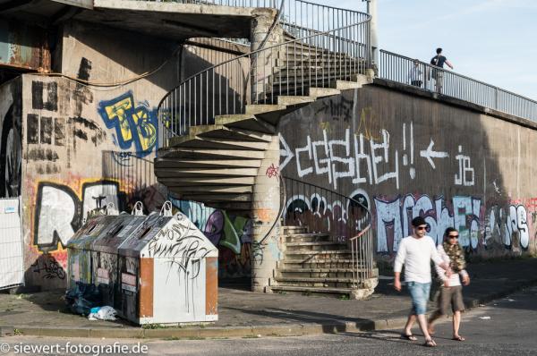 Treppe zur Viktoriabrücke